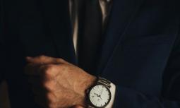 Bí quyết đeo 5 món đồ trang sức thiết yếu của nam giới